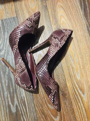 Продам женские туфли NEXT