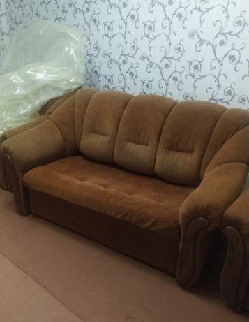 Срочно продам диван!