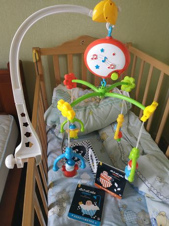 Мобиль + книжечки для новорожденных