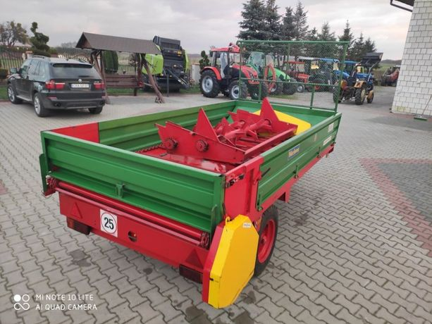 Prawie nowy Rozrzutnik obornika Warfama N226/1 2,5 tony Oryginał !!!