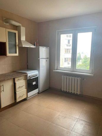 Трёхкомнатная квартира Караваеви дачи, метро Шулявская