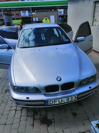 Продається БМВ 530