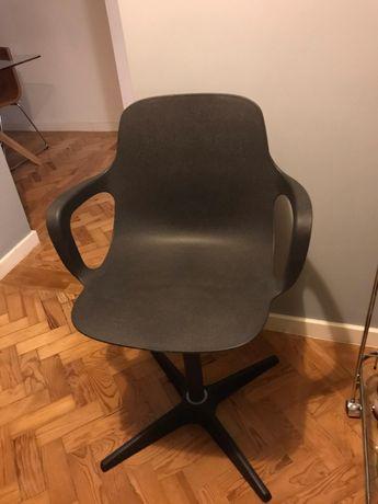 Cadeira giratória IKEA_ODGER