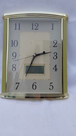 Часы настенные , кварцевые и электронные.