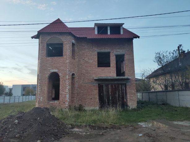 Особняк, Крихівці ліва сторона (Івано-Франківськ)