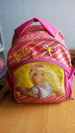 Продам рюкзак для девочки младших классов