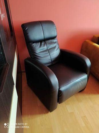 Sprzedam fotel czarny