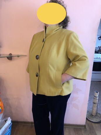 Продам пальто 54-56