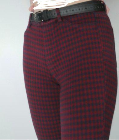 Spodnie w katke czerwono granatowe