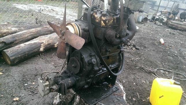 Продам два двигателя шазисс и  Из мотоблока 13000грн за обидва