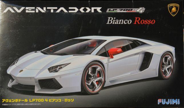Сборная модель автомобиля Lamborghini Aventador 1:24 Fujimi