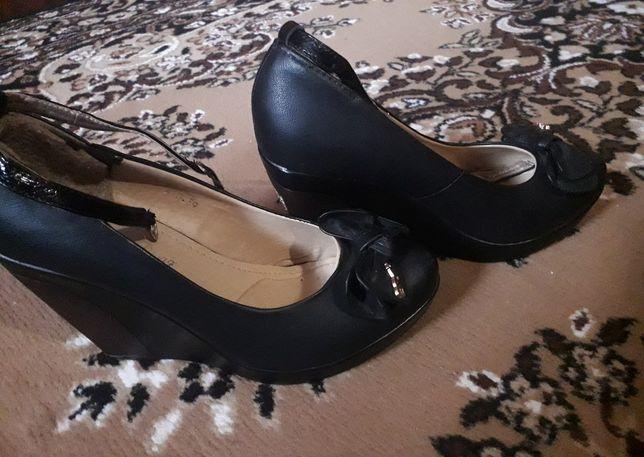 Хорошие туфли на платформе