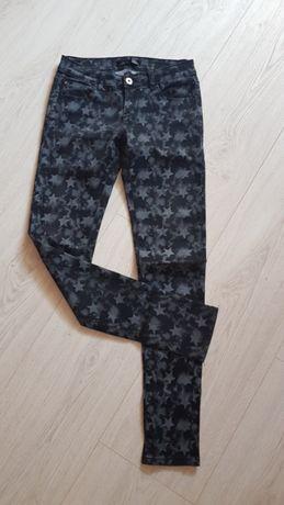 Sprzedam spodnie jeans damskie 4szt