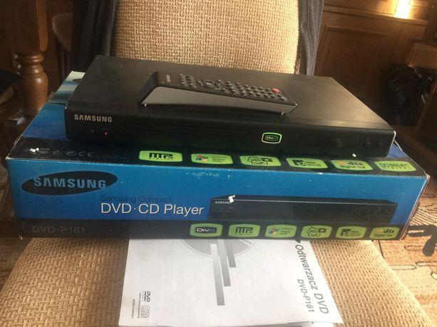 odtwarzacz DVD, magnetowid