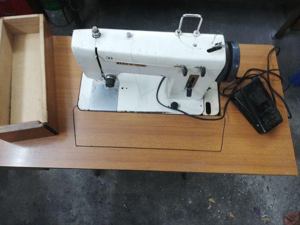 Maquina de costura electrica