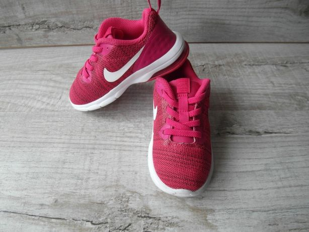 Кроссовки найк (Nike) р. 26 длина стельки 16 см.