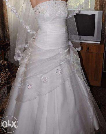 свадебное платье 42-46 р
