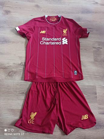Strój sportowy Liverpool rozmiar 146-152