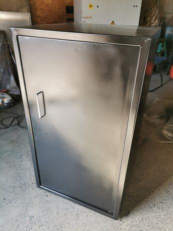 Продам сейф железный