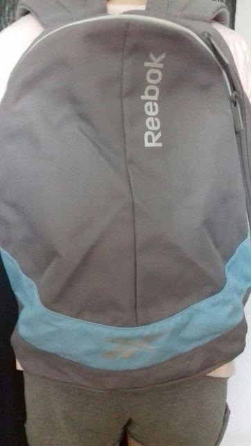Plecak firmy REEBOK