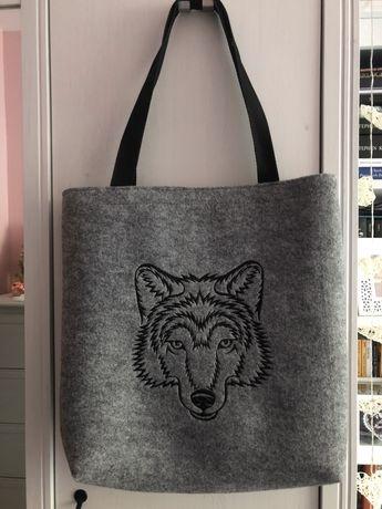 Torba filcowa na ramie z wilkiem shopper