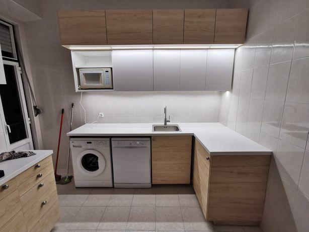 Montagem e transporte de mobiliario, cozinhas, roupeiros