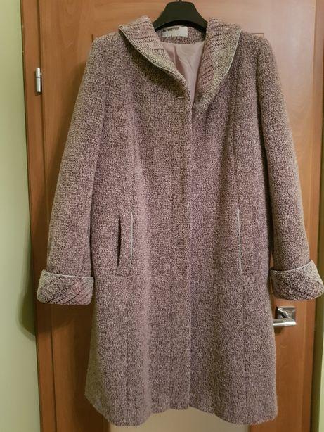 Płaszcz damski r.42