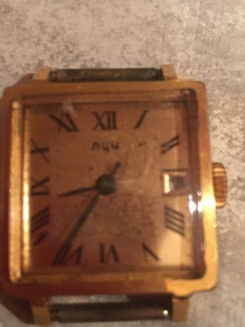 Stary pozłacany zegarek radziecki Łucz
