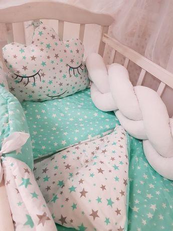Комплект постельного в кроватку для новорожденных бортики балдахин