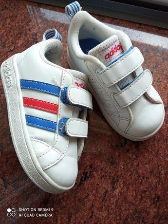 Детские кроссовки Adidas 21 размер