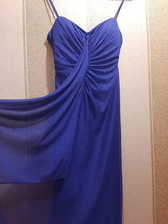 Вечернее платье в блестах