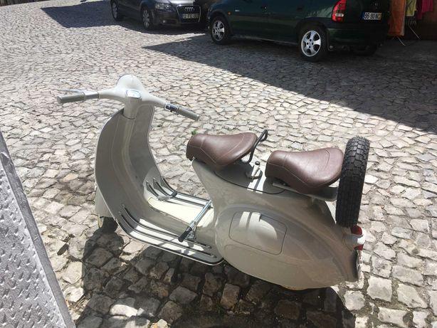 Vespa Piaggio Vintage
