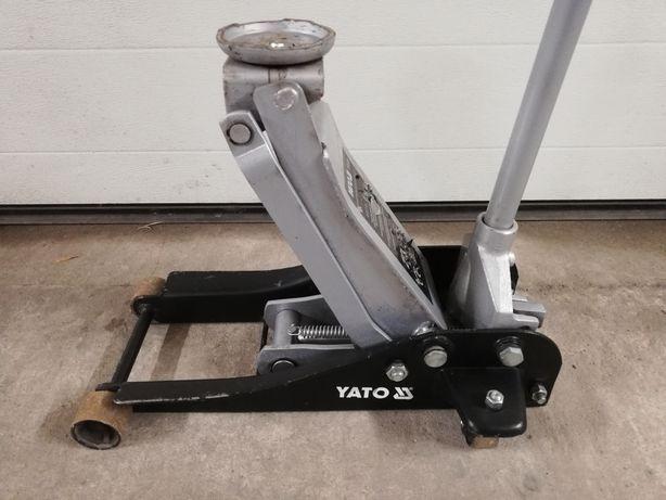 Podnośnik Niskoprofilowy 2.5 tony YATO 1721
