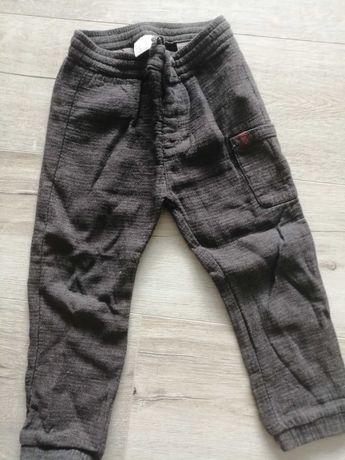 Spodnie Zara 104