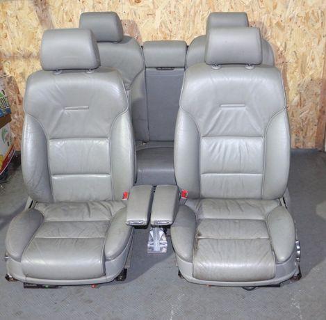 Кожаный салон сидения Audi A8 D3