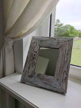Ramka ozdobna z lustrem