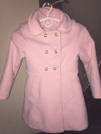 Продам пальто на дівчинку