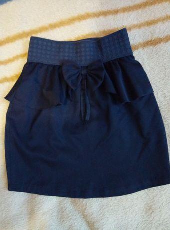 Школьная юбочка темно-синего цвета 134