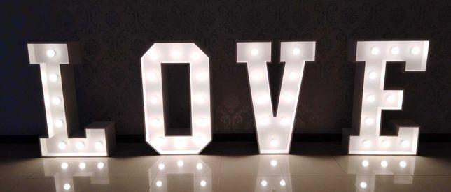 Napis LOVE Żarówkowy