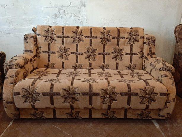 Двуспальный диван - малютка