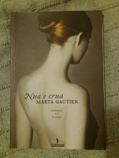 "Livro ""Nua e Crua"""