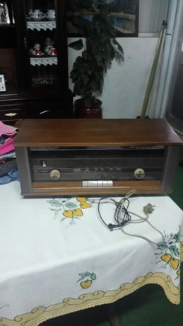 Radio a valvulas a funcionar
