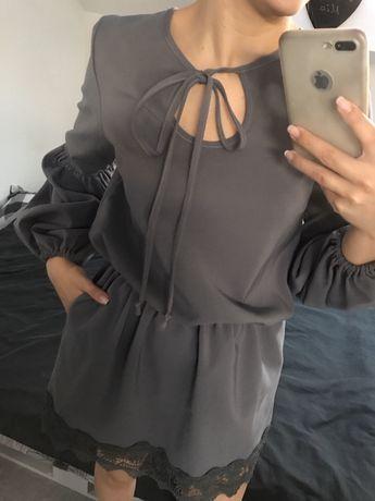 Sukienka z wiązaniem S