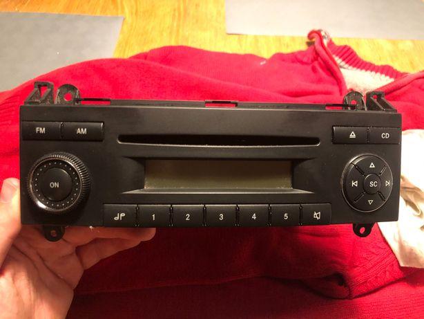 Radio Mercedes becker w bardzo dobrym stanie!