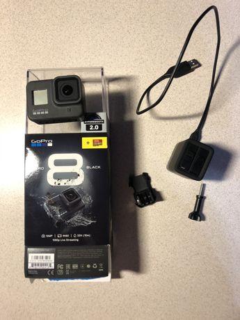 Продам GoPro 8 Black с дополнительным аккумулятором и зарядкой