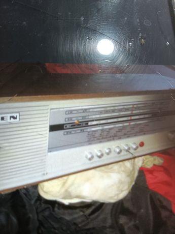Rádio ingelen antigo