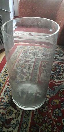 Prosty szklany wazon