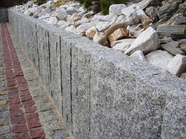 Palisada 60cm kamień murowy granit murkowy kostka granitowa ziemia