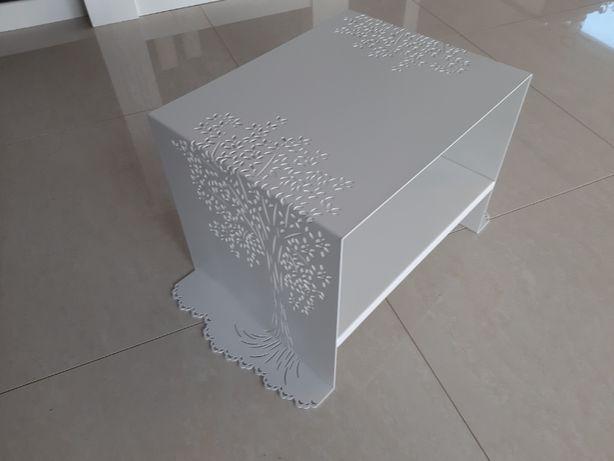 Stolik ażurowy biały metal