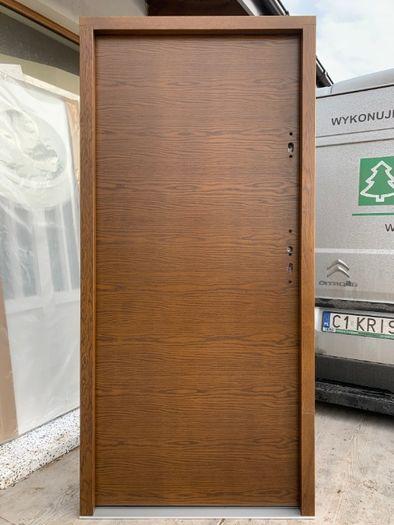 Drzwi zewnętrzne drewniane Gładkie dąb grube 75mm